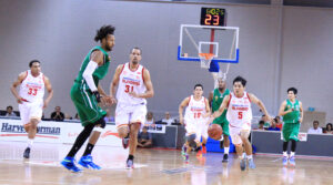 Wong Wei Long finished with 15 points and held his own against Hi-Tech's Jerick Cañada
