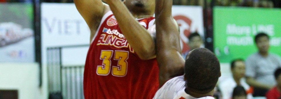 Jobstreet.com Singapore Slingers Defeat Saigon Heat 76-73