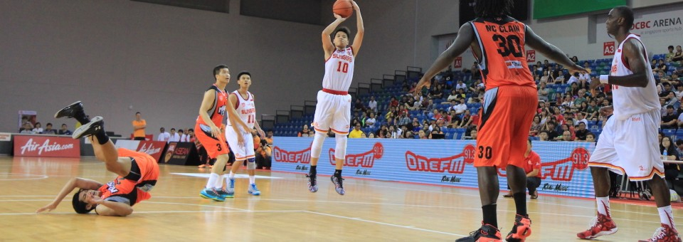 Rookie Leon Kwek answers the bell for the Slingers