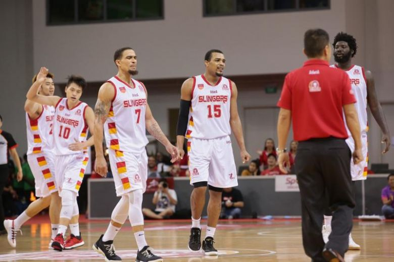 Elliott Scores Season-High 29 Points as Slingers Clobber Saigon